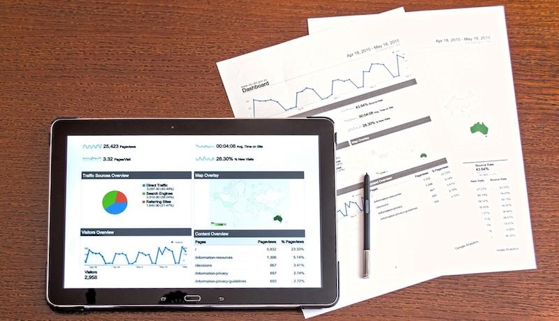 membuat analisa menggunakan Google Analytics