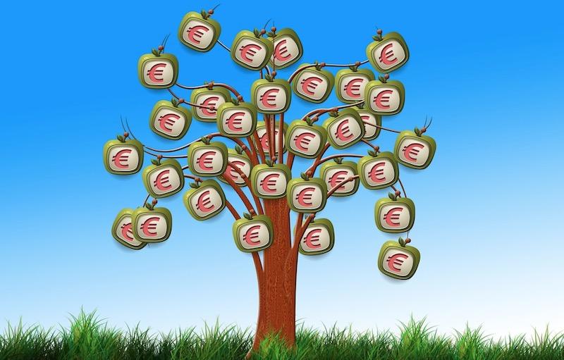 menjana pendapatan daripada pelbagai sumber