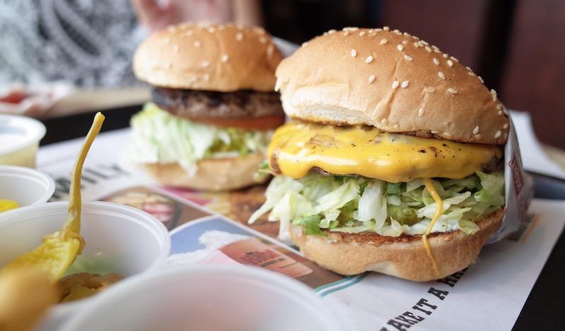 burger yang sedap tak perlu fikir macam mana nak makan